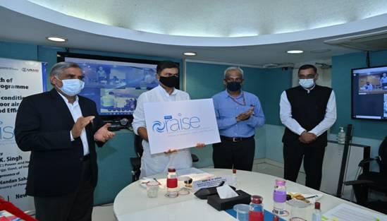 """""""भारत में ई-मोबिलिटी को सर्वव्यापी और सुविधाजनक बनाने के लिए ईवी चार्जिंग प्लाजा एक नयी पहल है।"""