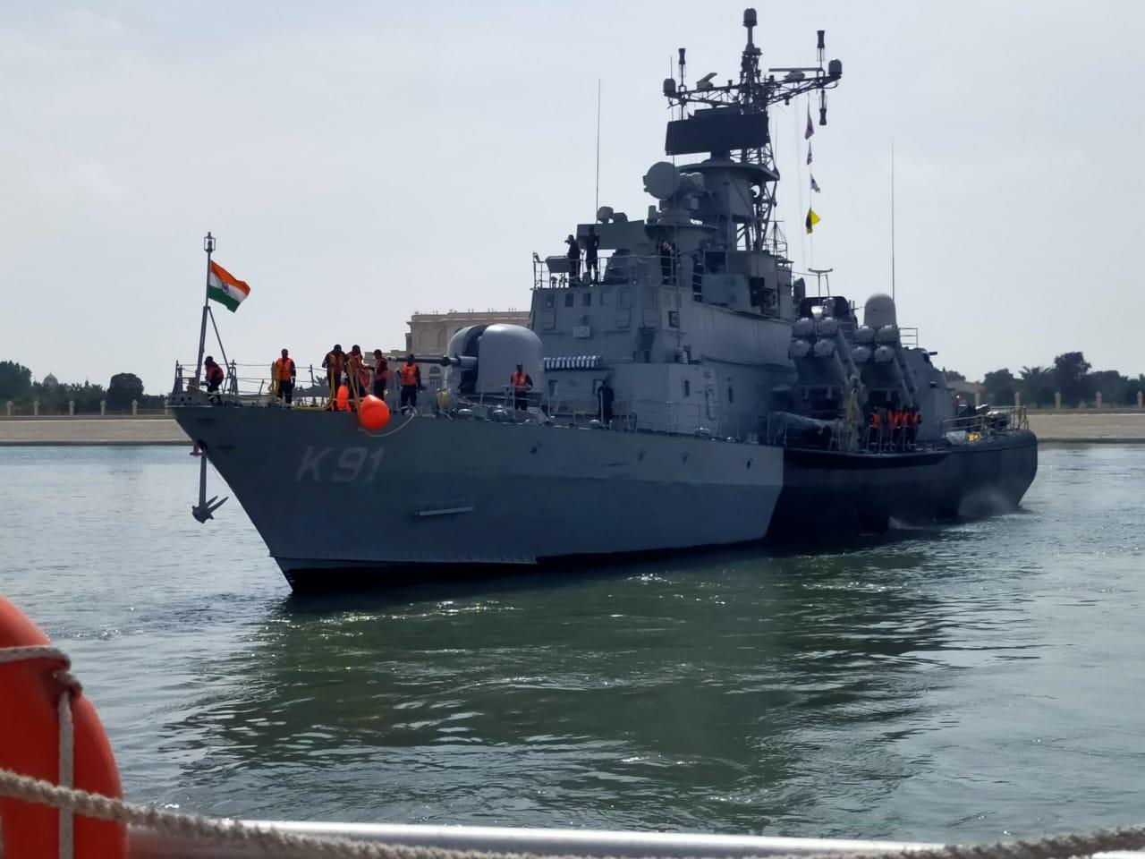 भारतीय नौसेना (Indian Navy) का जहाज प्रलय आईडीईएक्स 21 में भाग लेने के लिए संयुक्त अरब अमीरात पहुंचा