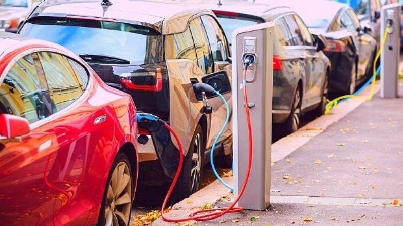 आधे खर्चे में चलेंगी इलेक्ट्रिक कारें (Electric Car), खरीदने पर मिलेगी लाखों की छूट, पढ़ें पूरी खबर