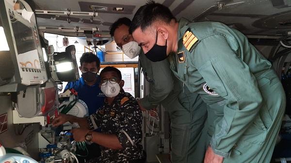 भारतीय नौसेना (Indian Navy) के विमान मेडिकल आईसीयू से लैस