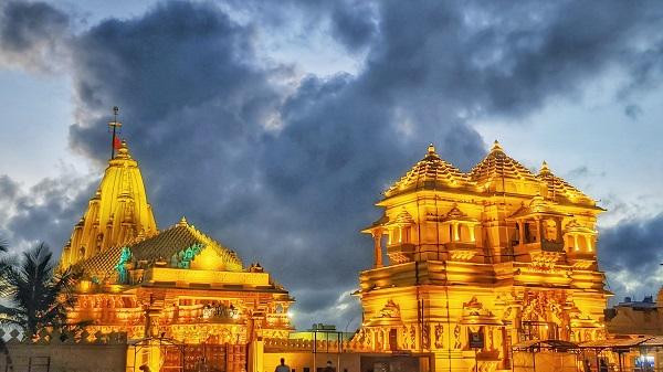 Sawan Somvar: सावन का पहला सोमवार आज, इस तरह करें भगवान शिव की पूजा