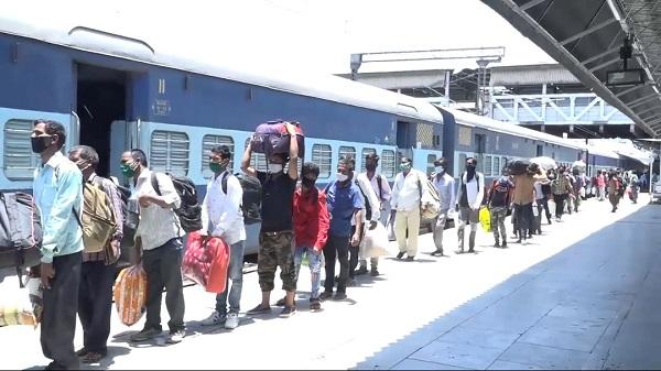 Mahuva-Surat Special: महुवा-सुरत स्पेशल ट्रेन की फ्रीक्वेंसी बढ़ी