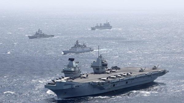 indian navy exercise: भारतीय नौसेना का रॉयल नेवी कैरियर स्ट्राइक ग्रुप के साथ युद्धाभ्यास