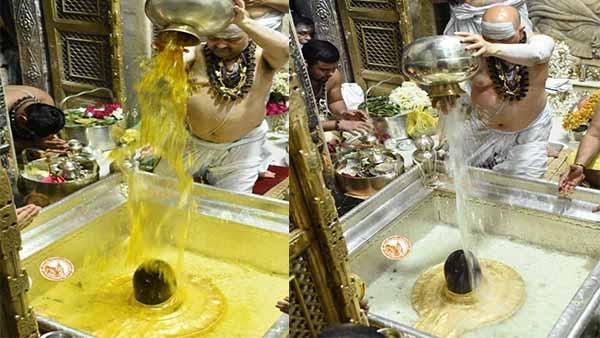 Kashi Vishwanath: सावन के प्रथम सोमवार को श्रद्धालुओं ने किया बाबा काशी विश्वनाथ का जलाभिषेक