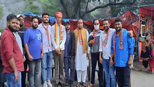 BJYM Rajasthan: भाजयुमो राजस्थान के प्रदेश उपाध्यक्ष व सिरोही जिलाध्यक्ष एक दिवसीय दौरे पर माउंट आबू में