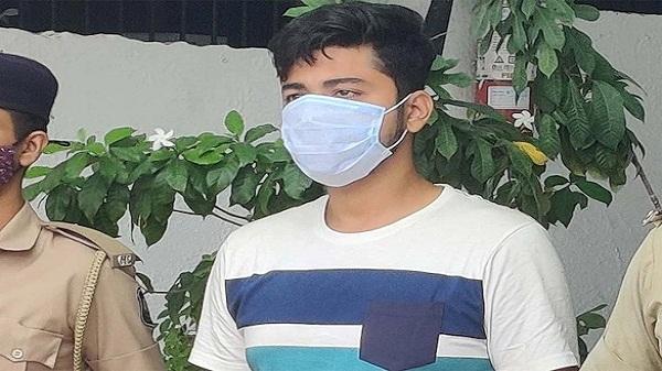 Air hostess rape case: वेजलपुर में एयर होस्टेस की पढ़ाई कर रही युवती से दुष्कर्म