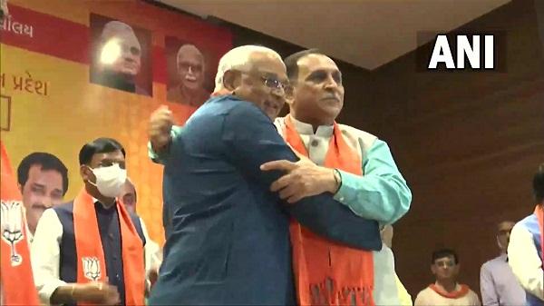 About Bhupendra patel: जानिए कौन हैं भूपेंद्र पटेल, जो अब होंगे गुजरात के नए मुख्यमंत्री