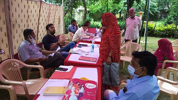 Camps organized abu: औपचारिक शुरूआत, जन जन काम नहीं, केवल मिल रहा आश्वासन