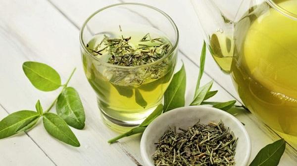 Health tips: इन चीजों को ग्रीन-टी में मिलाकर पीएं, होंगे गजब के फायदे
