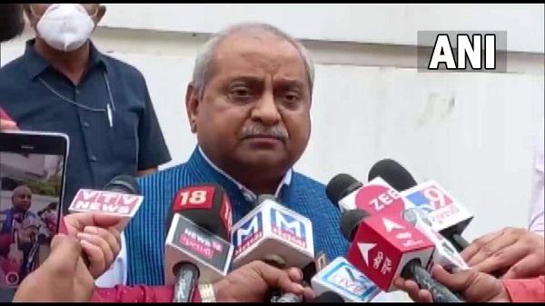 Gujarat CM resign: मुख्यमंत्री पद के अपने दावे को लेकर क्या बोले नितिन पटेल!