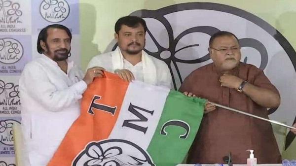 West bengal politics: बीजेपी विधायक सुमन रॉय टीएमसी में हुए शामिल, जानें क्या कहा