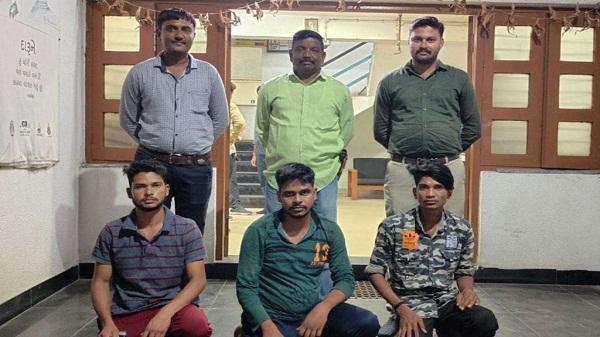 Three accused arrested: बंद मकान व कारखानों में चोरी करते गिरोह का पर्दाफाश, तीन आरोपी गिरफ्तार