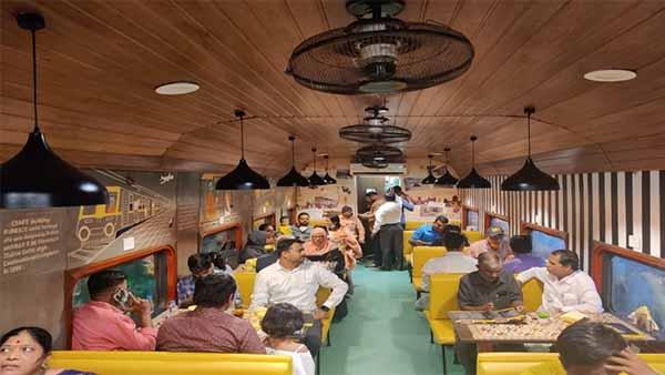 CR restaurant on wheels in coach