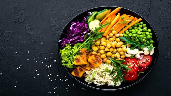 Vegetarian food: डायबिटीज से लेकर वजन घटाने तक, शाकाहारी खाने के कई जबरदस्त फायदे