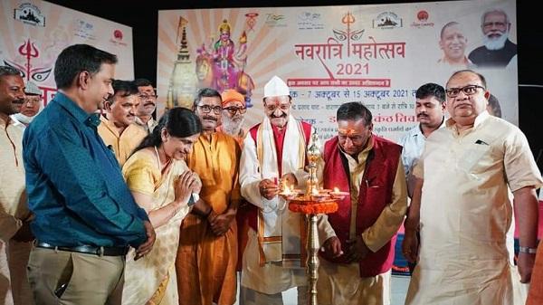 Varanasi Navratri mahotsav: राजेंद्र प्रसाद घाट पर आयोजित नवरात्रि महोत्सव में माँ दुर्गा को समर्पित संगीत निशा से माहौल हुआ दुर्गामय